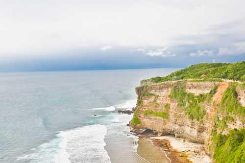 bali cliff front villa for sale 8 - Exclusive luxury cliff front Bali villa for sale in the area of Uluwatu