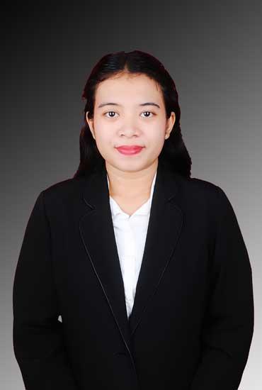 Real estate agent Krisna